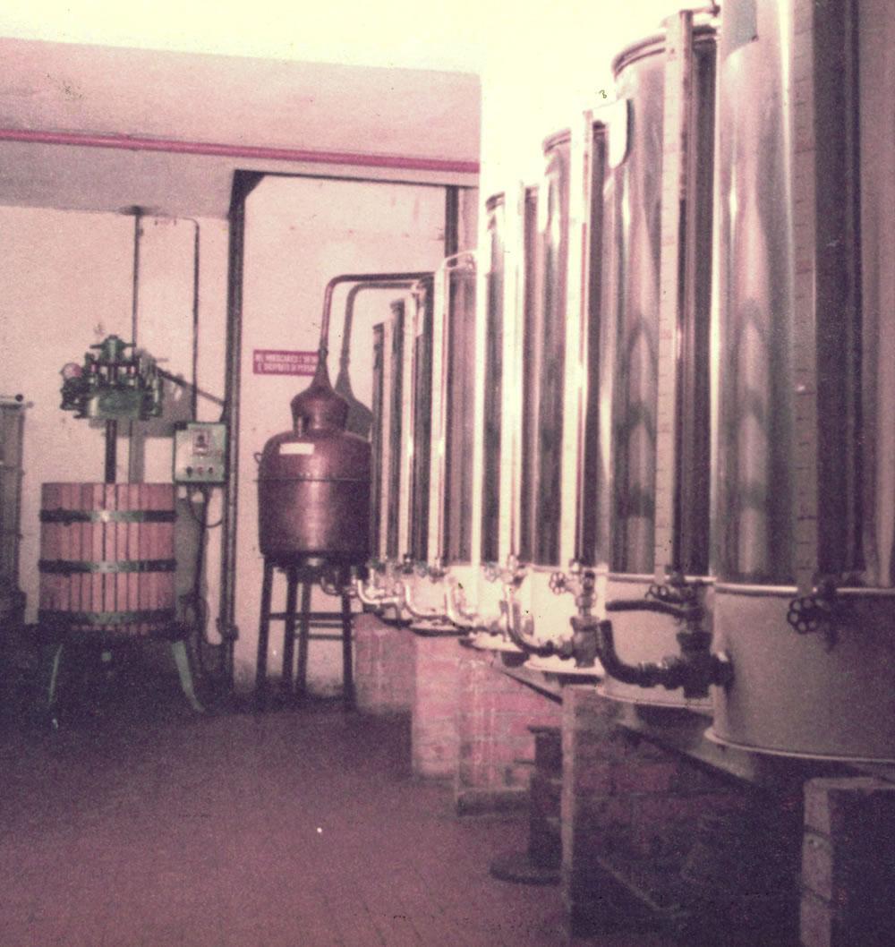 foto-storica-opificio-liquori-Roteglia1848